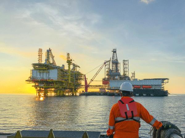 oil & gas-oil gas-oil & gas-oil-gas industry-fuel oil-petroleum